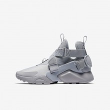 Boys Wolf Grey/Black/White Nike Huarache Lifestyle Shoes AJ6662-002