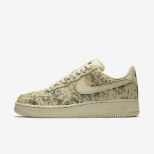 Mens Team Gold/Golden Beige/Gorge Green Nike Air Force 1 Lifestyle Shoes 823511-700