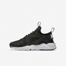 Boys Black/White Nike Air Huarache Lifestyle Shoes 847569-002
