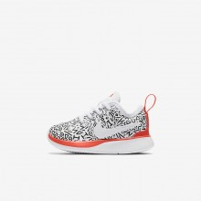 Boys White/Black/Bright Crimson Nike Dualtone Racer Lifestyle Shoes AQ0911-100