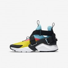 Nike Huarache Lifestyle Shoes For Boys Tour Yellow/Bleached Aqua/Racer Pink/Anthracite AJ6662-700