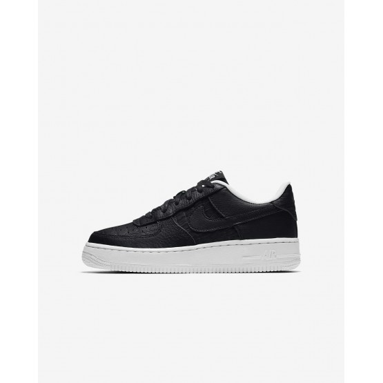 Boys Black/Summit White Nike Air Force 1 Lifestyle Shoes 820438-012