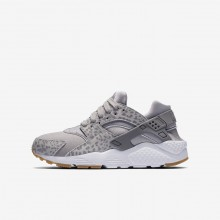 Nike Huarache Lifestyle Shoes For Girls Atmosphere Grey/Gum Light Brown/White/Gunsmoke 904538-007