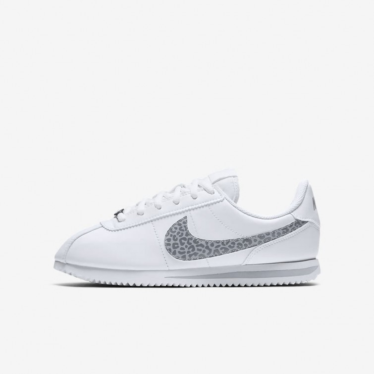 super popular e79b3 489f2 Zapatillas Casual Nike Cortez Niña BlancasGris AH7528-100