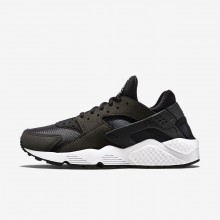 Womens Black/White Nike Air Huarache Lifestyle Shoes 634835-006