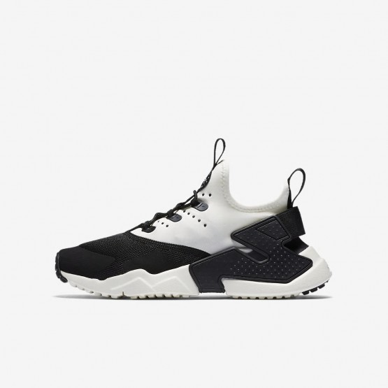 Boys Black/White/Sail Nike Huarache Lifestyle Shoes 943344-002