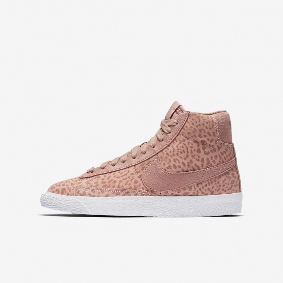 Girls Coral Stardust/Gum Light Brown/White/Rust Pink Nike Blazer Mid Lifestyle Shoes 902772-601
